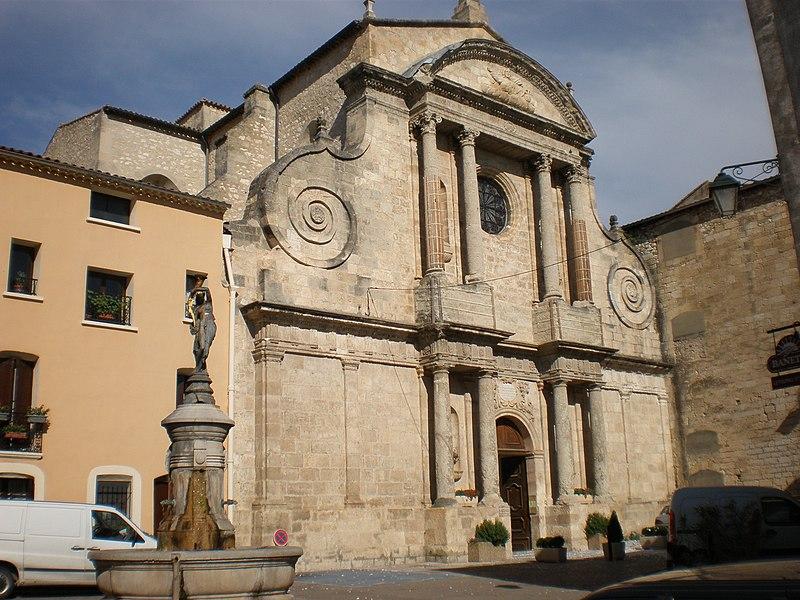 Photo du Monument Historique Eglise paroissiale Saint-Sauveur, ancienne abbatiale situé à Aniane