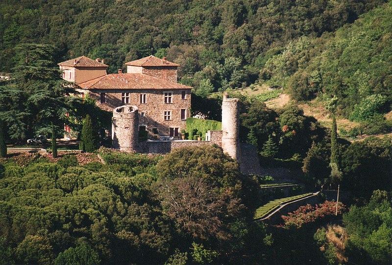 Photo du Monument Historique Château de Cazilhac situé à Le Bousquet-d'Orb