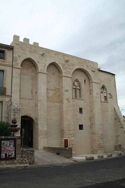 Photo du Monument Historique Château des archevêques de Narbonne situé à Capestang
