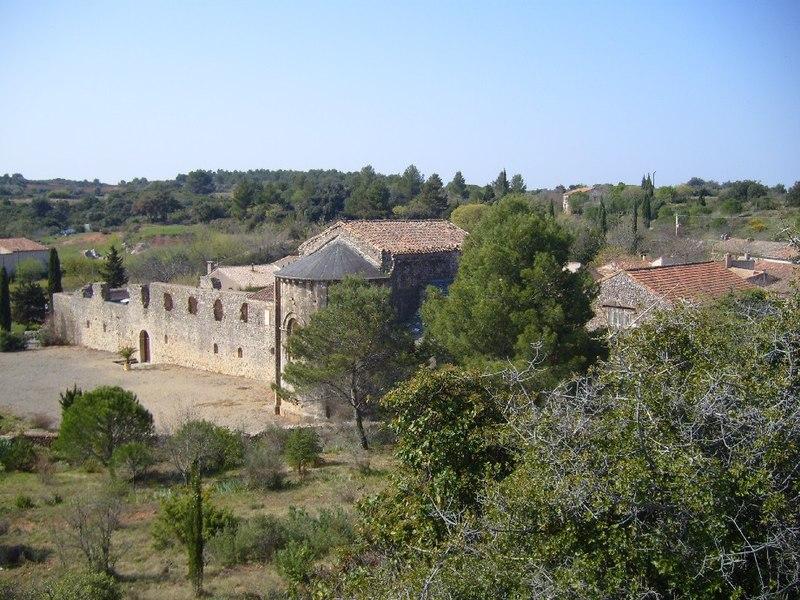 Photo du Monument Historique Ancienne abbaye de Fontcaude situé à Cazedarnes