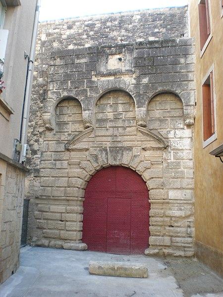 Photo du Monument Historique Domaine du château des évêques de Montpellier situé à Lavérune