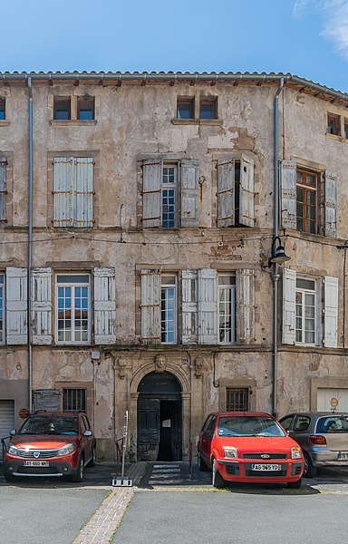 Photo du Monument Historique Hôtel de Salze situé à Lodève