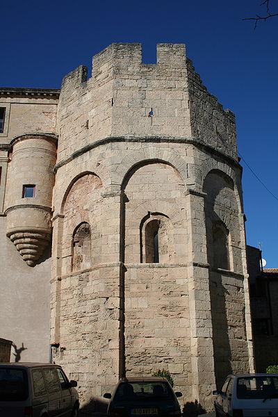 Photo du Monument Historique Eglise Saint-Hippolyte situé à Loupian