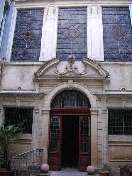 Photo du Monument Historique Hôtel d'Avèze situé à Montpellier