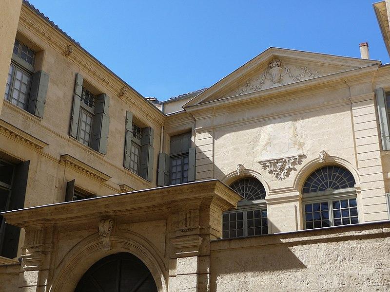 Photo du Monument Historique Hôtel de Lunas situé à Montpellier