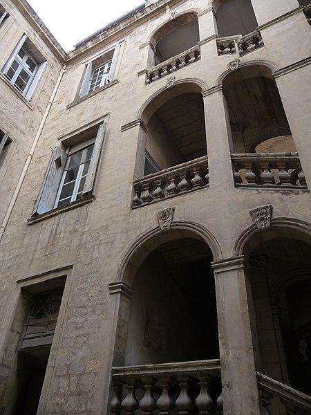 Photo du Monument Historique Hôtel des Trésoriers de la Bourse situé à Montpellier