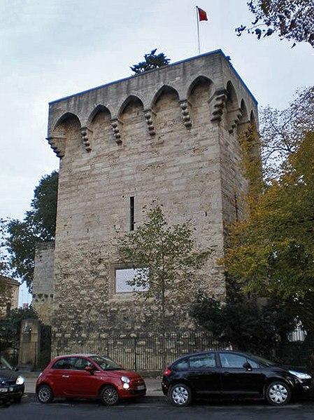 Photo du Monument Historique Tour des Pins situé à Montpellier