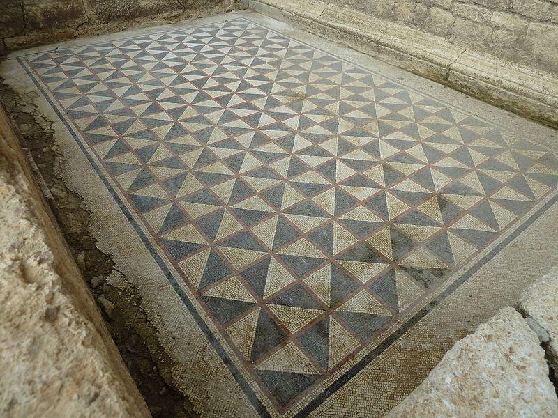 Photo du Monument Historique Oppidum pré-romain ou site archéologique de l'agglomération antique du Castellas situé à Murviel-lès-Montpellier