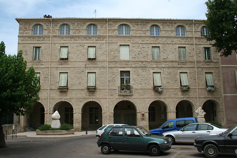 Photo du Monument Historique Collège situé à Pézenas