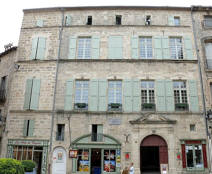 Photo du Monument Historique Hôtel Flottes de Sébazan situé à Pézenas