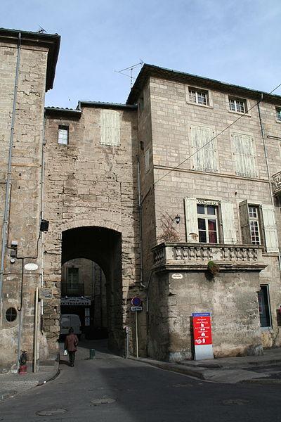 Photo du Monument Historique Porte Faugères situé à Pézenas