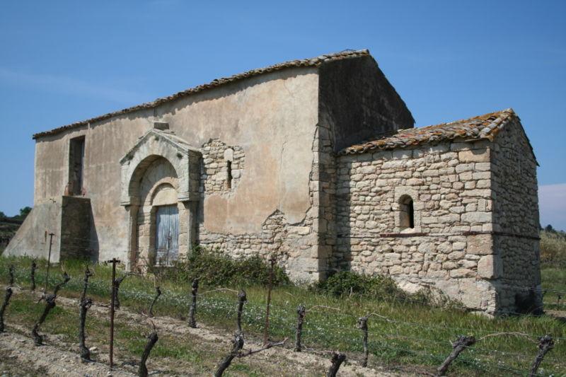 Photo du Monument Historique Chapelle Saint-Nazaire situé à Roujan