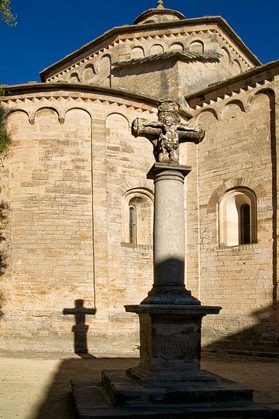 Photo du Monument Historique Croix en pierre situé à Saint-Martin-de-Londres