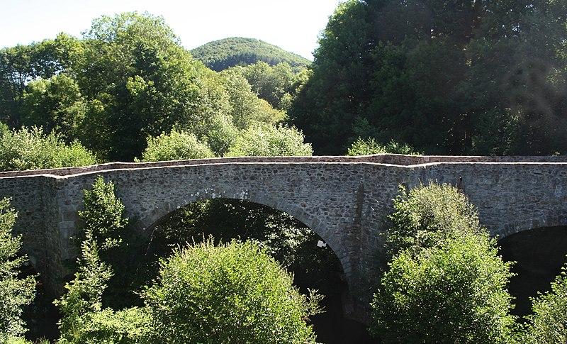 Photo du Monument Historique Pont de Saint-Etienne situé à Salvetat-sur-Agout (La)