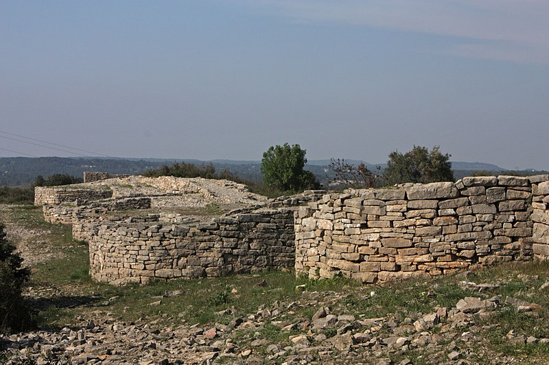 Photo du Monument Historique Oppidum d'Ambrussum situé à Villetelle