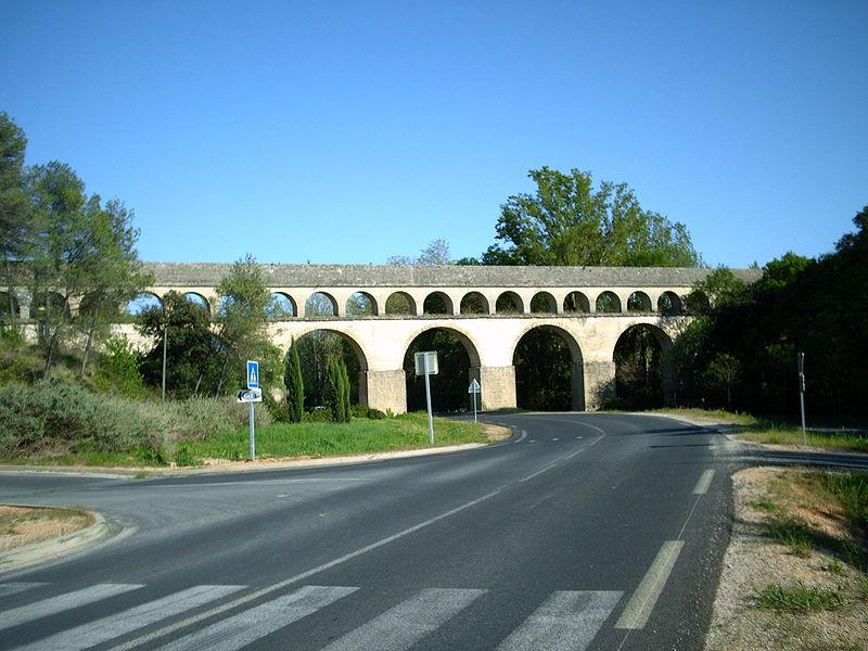 Photo du Monument Historique Aqueduc Saint-Clément (également sur commune de Saint-Clément-de-Rivière) situé à Montferrier-sur-Lez