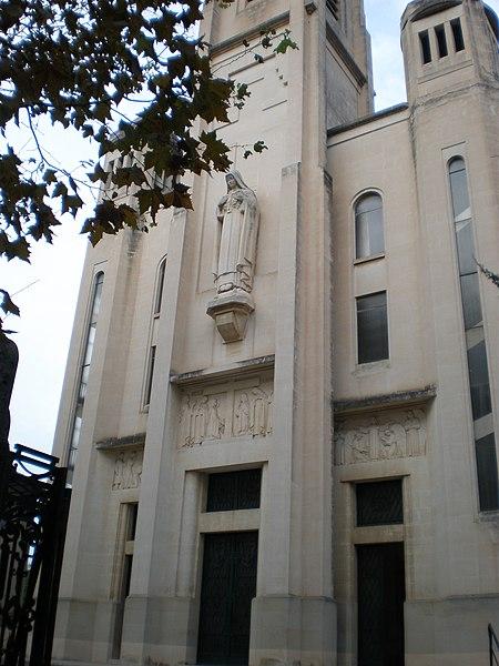 Photo du Monument Historique Eglise paroissiale Sainte-Thérèse-de-Lisieux ou Eglise Sainte-Thérèse-de-l'Enfant-Jésus-et-de-la-Sainte-Face situé à Montpellier
