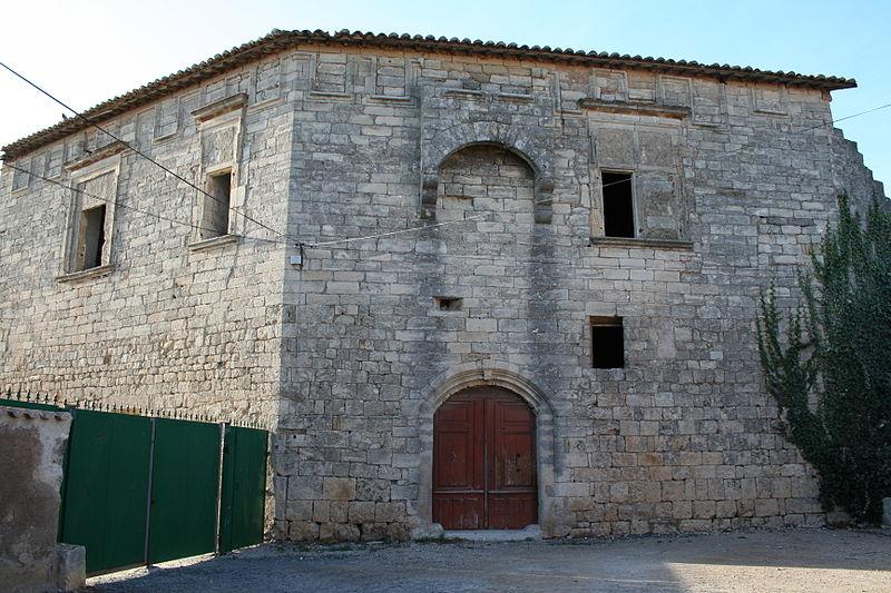 Photo du Monument Historique Château ou Castellas situé à Castelnau-de-Guers