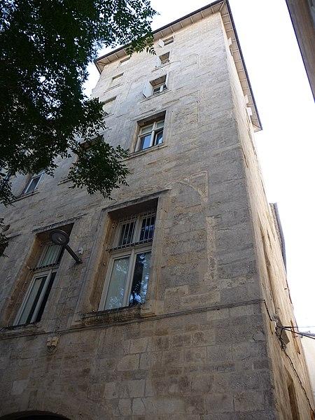 Photo du Monument Historique Ancien hostal des Carcassonne ou hôtel de Gayon, actuellement foyer des jeunes travailleurs situé à Montpellier
