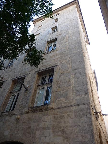 """Photo du Monument Historique Ancien """"hostal"""" des Carcassonne ou hôtel de Gayon, actuellement foyer des jeunes travailleurs situé à Montpellier"""