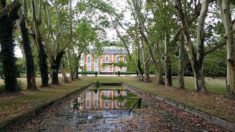 Photo du Monument Historique Domaine de la Grange des Prés situé à Pézenas