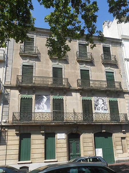 Photo du Monument Historique Immeuble dit «maison natale» de Jean Moulin situé à Béziers