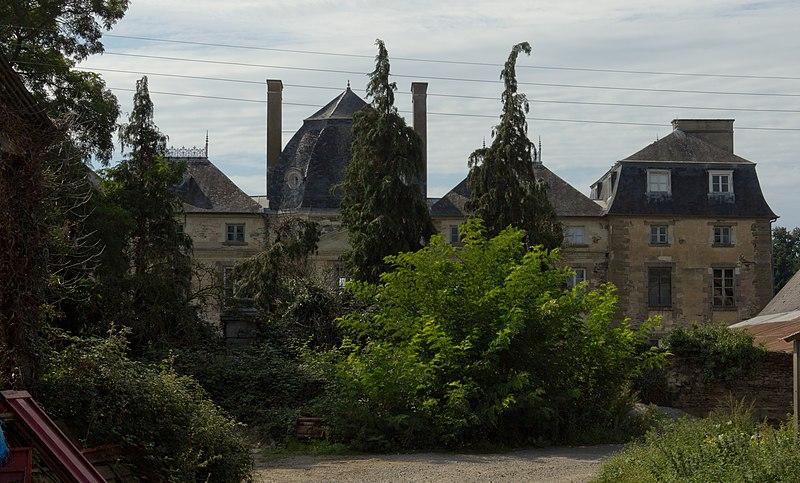 Photo du Monument Historique Château de la Salette-de-Cucé situé à Cesson-Sévigné
