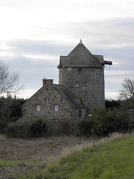 Photo du Monument Historique Moulin à vent numéro 3 situé à Cherrueix