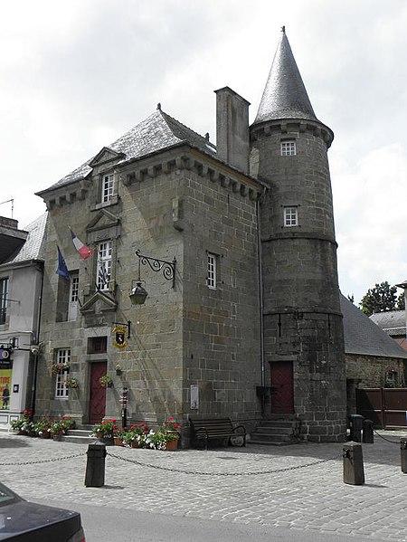 Photo du Monument Historique Maison de la Lanterne situé à Combourg