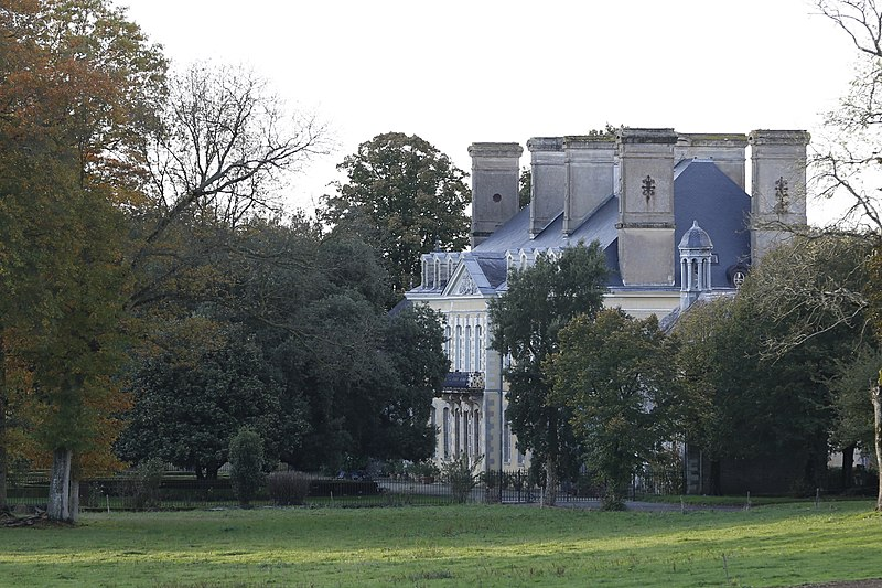 Photo du Monument Historique Château du Plessix (également sur commune de Tresboeuf) situé à La Couyère