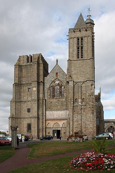 Photo du Monument Historique Ancienne cathédrale Saint-Samson situé à Dol-de-Bretagne