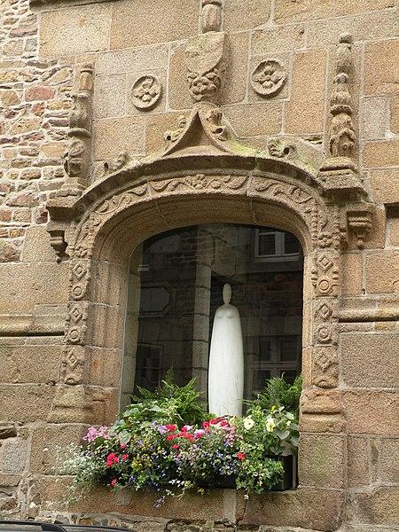 Photo du Monument Historique Hôtel de ville situé à Fougères