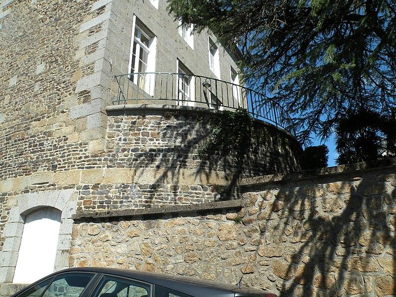 Photo du Monument Historique Tour du Four situé à Fougères