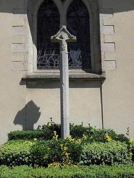 Photo du Monument Historique Calvaire du bourg situé à Hermitage (L')