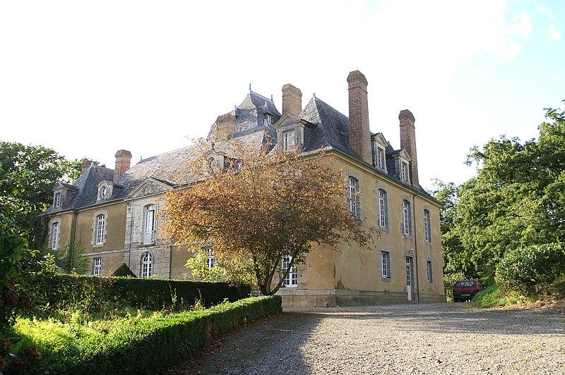 Photo du Monument Historique Château du Bois-Glaume situé à Poligné