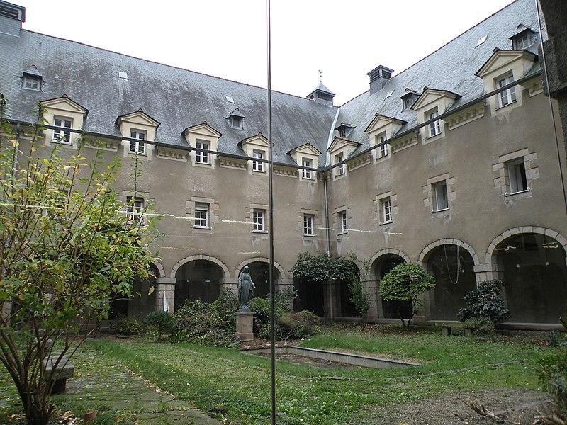 Photo du Monument Historique Couvent des Calvairiennes de Saint-Cyr situé à Rennes