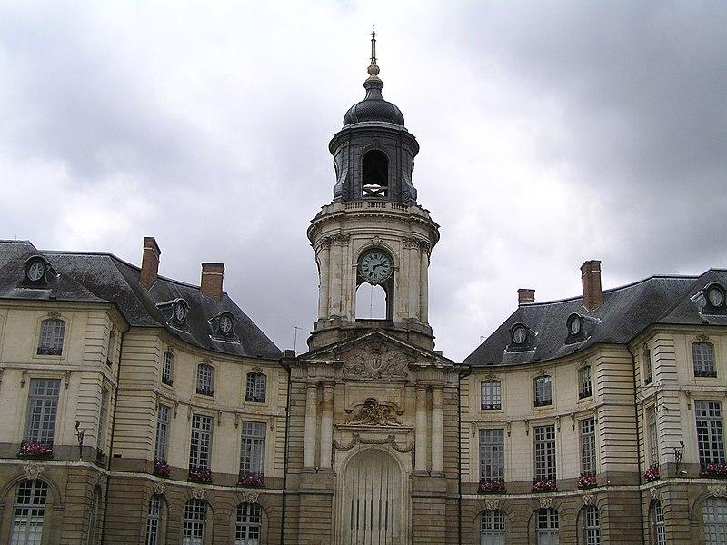 Photo du Monument Historique Hôtel de ville situé à Rennes