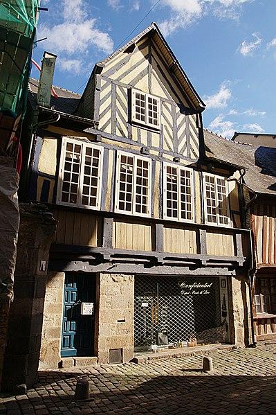Photo du Monument Historique Maison de la Prévôté situé à Rennes