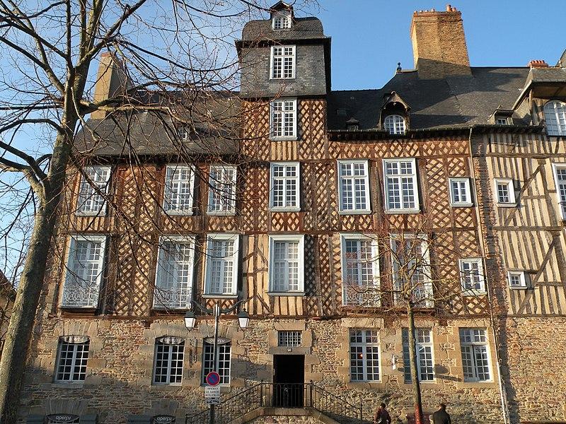 Photo du Monument Historique Maison, dite aussi hôtel Racapé de la Feuillée situé à Rennes