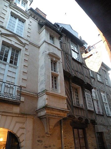 Photo du Monument Historique Ancienne maison des Chevaliers du Saint-Esprit situé à Rennes