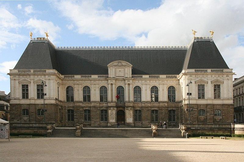 Photo du Monument Historique Palais de Justice situé à Rennes
