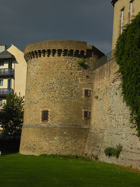 Photo du Monument Historique Tour du Chesne situé à Rennes
