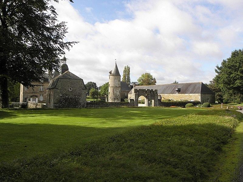 Photo du Monument Historique Château de la Haye, ou la Haye-Saint-Hilaire situé à Saint-Hilaire-des-Landes