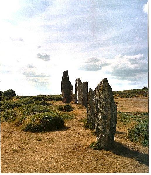 Photo du Monument Historique Ensemble mégalithique dénommé alignements de Cojoux situé à Saint-Just