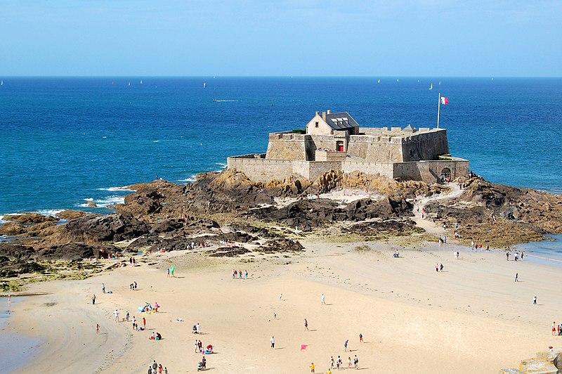 Photo du Monument Historique Fort national et son enceinte situé à Saint-Malo