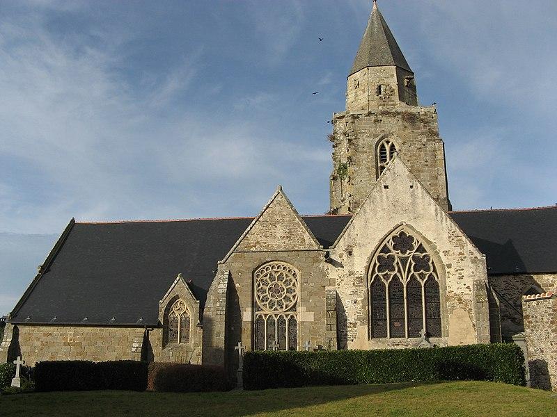 Photo du Monument Historique Eglise Saint-Suliac et cimetière situé à Saint-Suliac