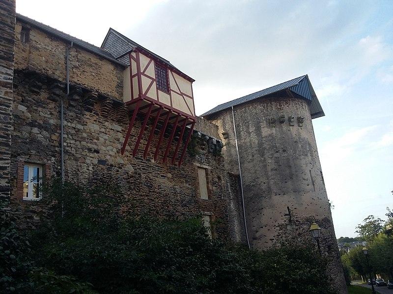 Photo du Monument Historique Enceinte urbaine fortifiée situé à Vitré