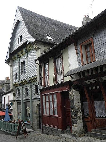 Photo du Monument Historique Maison ou Hôtel de la Botte Dorée situé à Vitré