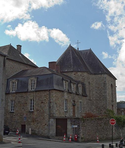 Photo du Monument Historique Manoir de la Meriais situé à Vitré