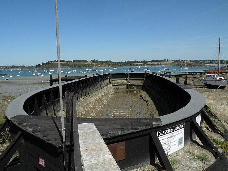 Photo du Monument Historique Cale sèche de la Landriais situé à Le Minihic-sur-Rance